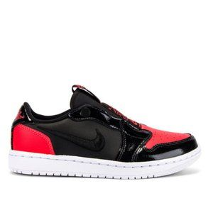 Jordan AJ 1 Low Slip Sneaker in Red & Black - 7.5